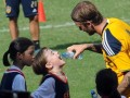 Becks bonds with Filipino street kids