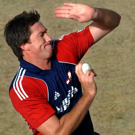 MacGrath warns India to watch out for young bowlers &amp; Ponting