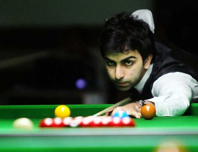 Advani, Chawla in last eight of IBSF World Snooker C