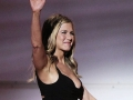 Aniston clears air with beau's ex