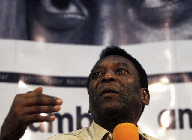 Pele says he was alarmed by World Cup delays