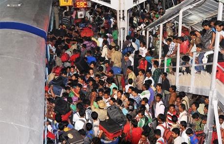 After Bangalore, NE people flee Mysore, Mangalore