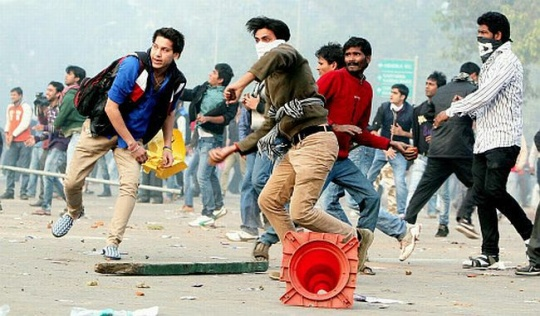 Delhi Gang-Rape: Who Hijacked the Protests?