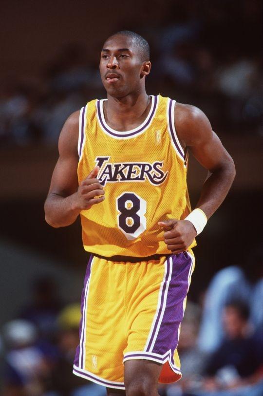 Kobe Bryant (30,001)