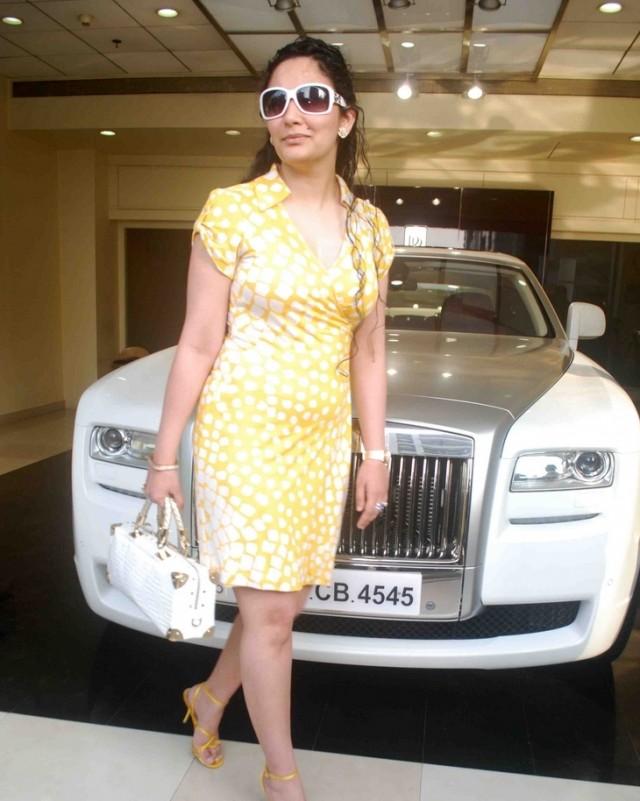 Sanjay Dutt gifts Rolls Royce Ghost