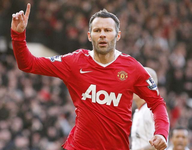 Giggs in no rush to retire