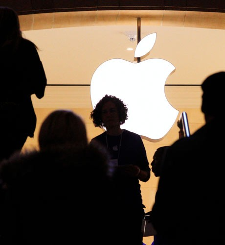 'Tablet boom makes Apple No 1 PC maker'
