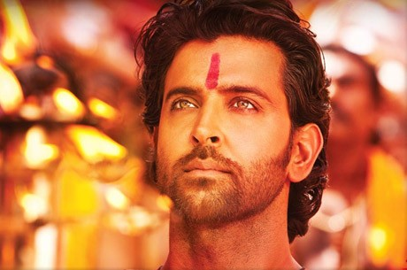 Hrithik got an assistant director a brand new phone