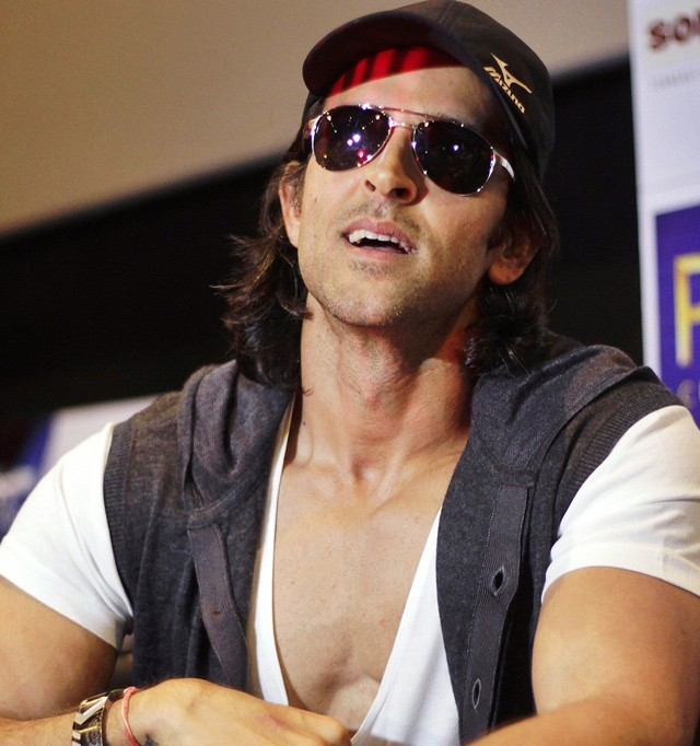 Hrithik Roshan pays Rs 20 lakh to trainer