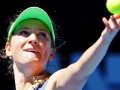 Azarenka enters Australian Open women's final