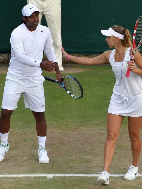 Paes-Vesnina reach semifinals of Wimbledon