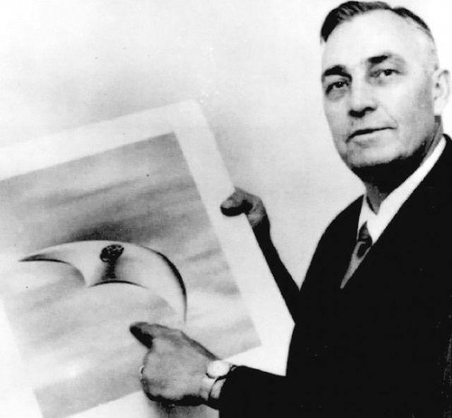 1947 Kenneth Arnold case