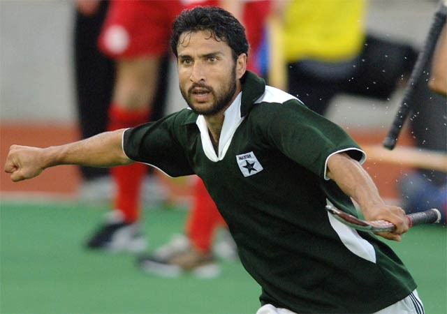 Pakistan's Shakeel Abbasi braves ban to play in WSH