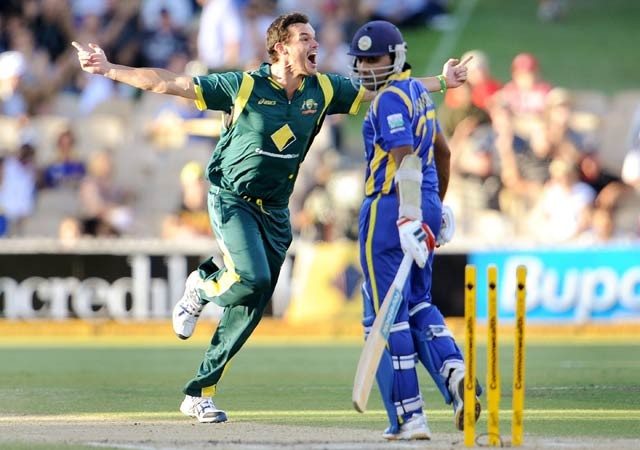 Australia beat Sri Lanka, win CB series