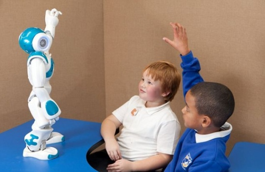 Dancing Robots Help Autistic Kids Learn