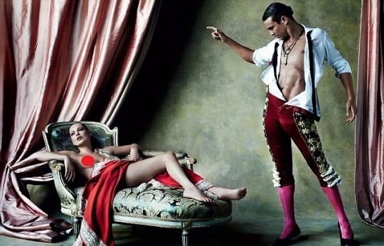Kate Moss Poses Nude With Matador