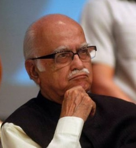 Advani praises MGNREGA at the UN