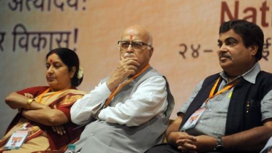 Advani_Gadkari