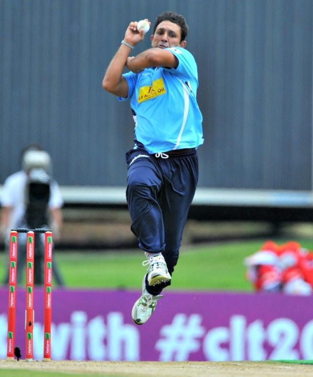 Azhar Mahmood (Auckland Aces)