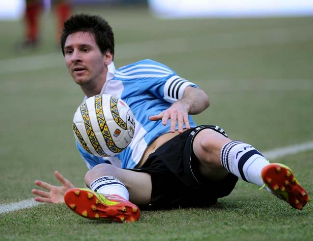 Lionel Messi poses headache for rivals