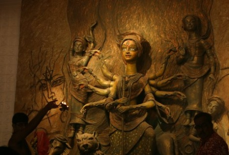 Now, Enjoy Durga Puja on Internet