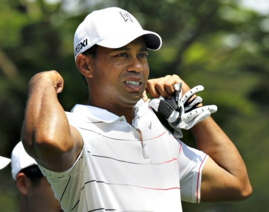 Rapturous welcome as Tiger arrives 'home' in Asia