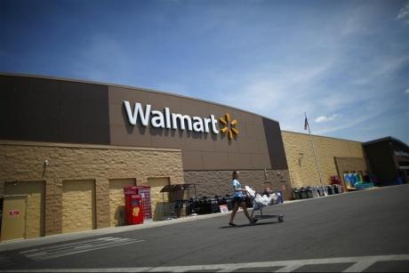 Wal-Mart stops selling Amazon Kindles