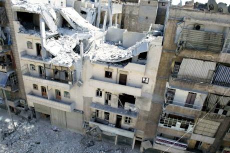 Syrian warplanes bomb Aleppo