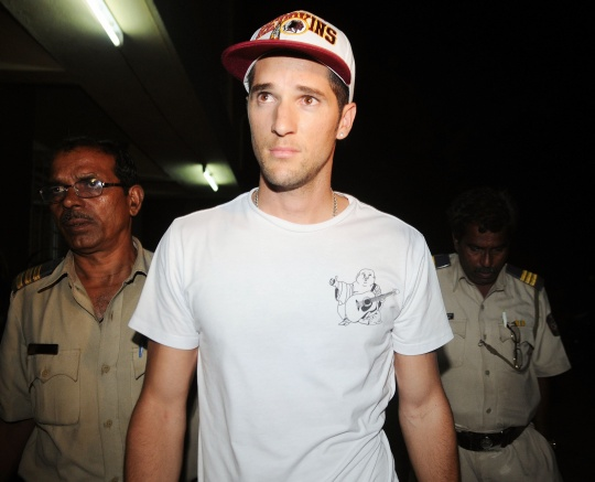 Wayne Parnell Surrenders To a Mumbai Court