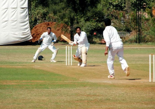Leander Paes batted with confidence against The Sports Gurukul side on Tuesday.