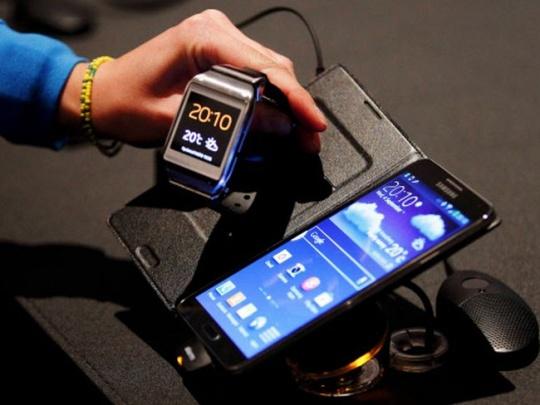 Samsung Galaxy Note 3 and Samsung Galaxy Gear