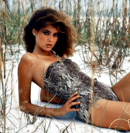 Carol Alt (1982)