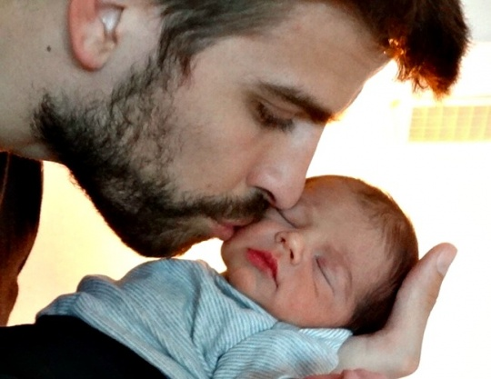 Shakira Shares Milan's First Pic
