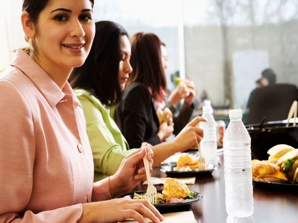 Could An Earlier Lunchtime Help You Lose Weight?