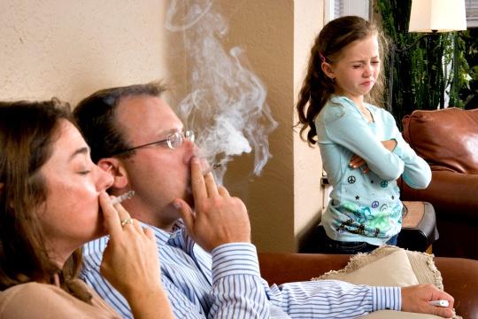Passive Smoking Heightens Dementia Risk
