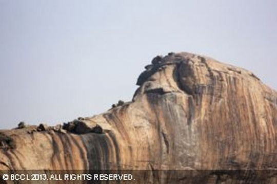 Yaanamalai's Elephant Head Shaped Rock