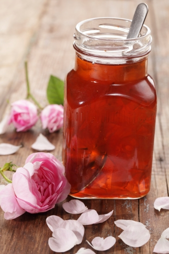Ayurvedic Home Remedies: Top 11 Health Benefits Of Gulkand (Rose-Petal Jam)