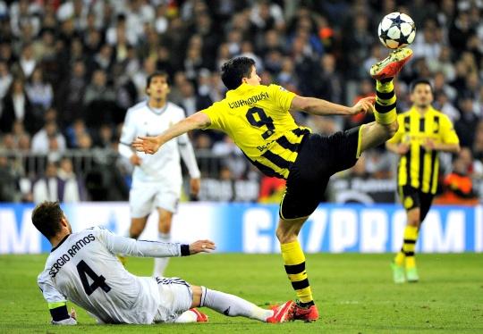 Borussia Dortmund Secure Berth in Final