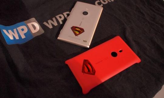 Nokia Lumia 925 Superman