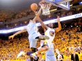 Warriors Beat Nuggets, Reach Second Round