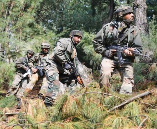 Army jawans patrol near LoC