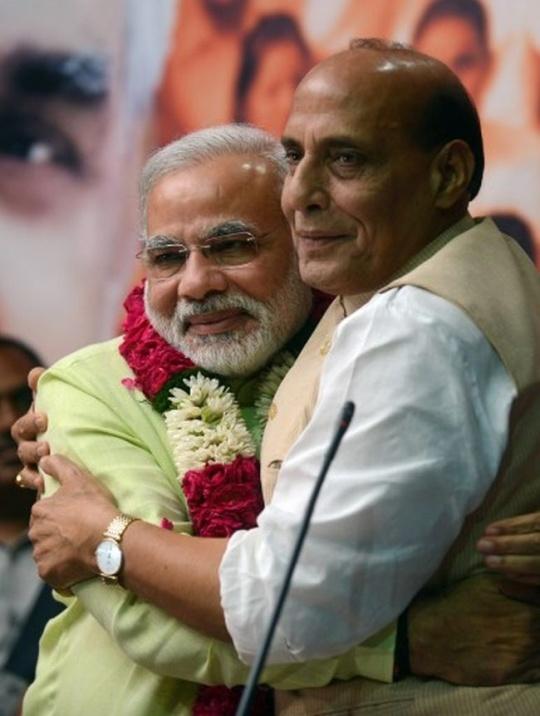 Naredra Modi Rajnath Singh