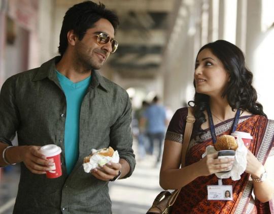 Ayushmann  Vicky  Khurrana in  Vicky Donor Yami Gautam And Ayushmann Khurrana In Vicky Donor
