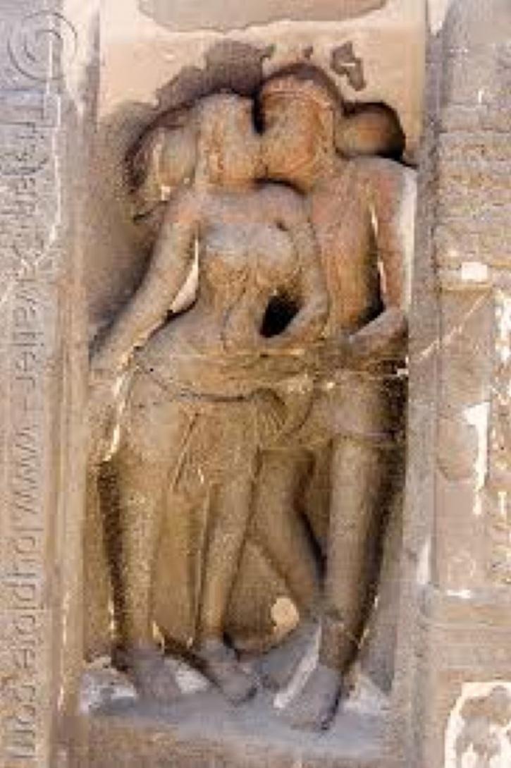erotika-v-hramovoy-skulpture