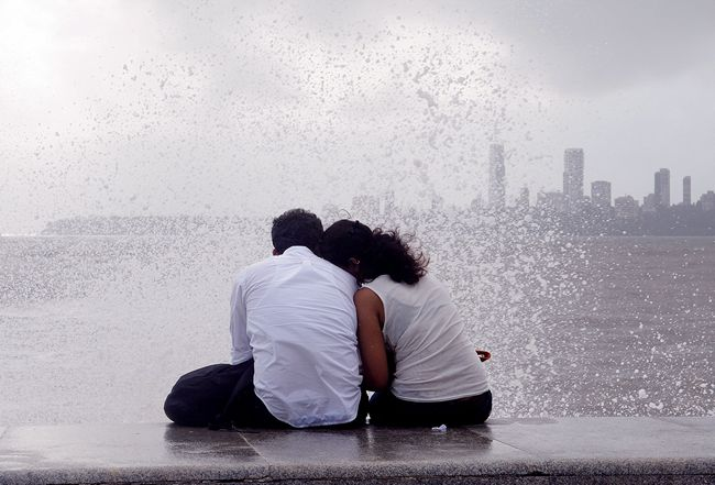 Mumbai romantic places , Marine Drive