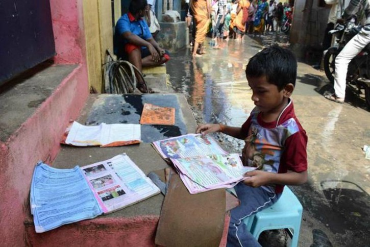 Using WhatsApp Chennai Youth Are Providing Books To Students Who Lost Them In Flood