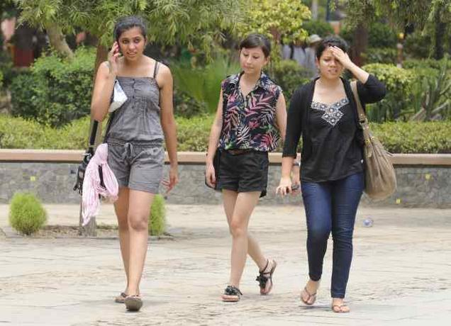 Kerala And Kolkata Say No To Jeans Tops And Skirts Introduce Dress Code For College Students ...