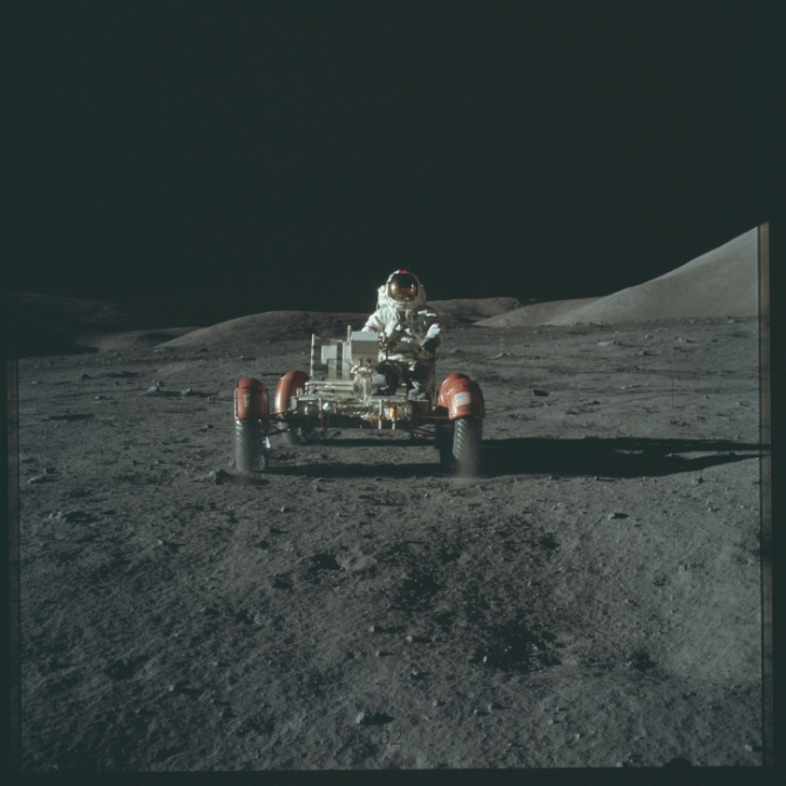 NASA Just Put 8,400 Images From Apollo Missions On Flickr ...