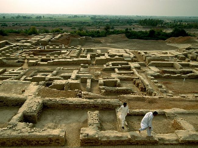 essay on mohenjo daro indus valley civilization essay