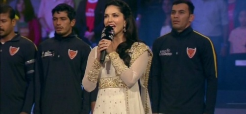 Police Complaint Filed Against Sunny Leone For Allegedly Singing The National Anthem Incorrectly